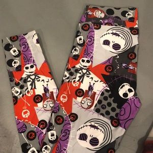 NWOT LULAROE NIGHTMARE LEGGINGS